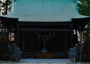 街角スナップ 神社の龍