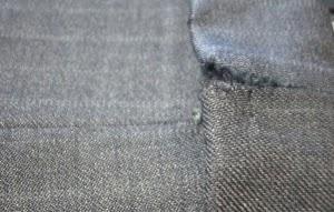 11/15 スーツを縫う