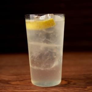 BAR・tackmin 流レモンサワーの作り方