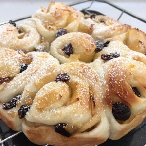 DAISO購入品★ふわふわパンを作るのにオススメの型をご紹介!