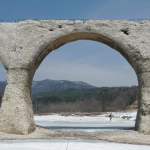 夫婦で全線完乗 2010年5月 日高・十勝-2: 士幌線跡・タウシュベツ橋梁と狩勝峠