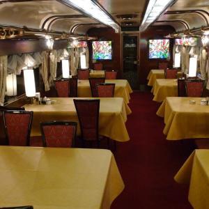 お待ちかねのディナーを堪能 夫婦で全線完乗 2010年10月 トワイライトで小樽へ -5