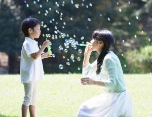 日本の子供の貧困って?現状と実態は?母子家庭は55%が貧困