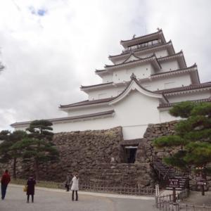 悲しい歴史の「鶴ヶ城」は、美しい鶴を思わせる城だった!