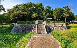 実際問題どんな人?推古天皇とその陵墓『山田高塚古墳』を巡る