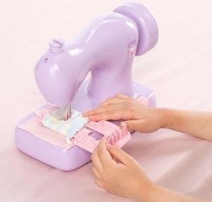 毛糸で縫える子ども用ミシン