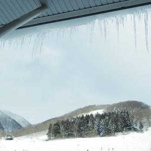 雪山にて。