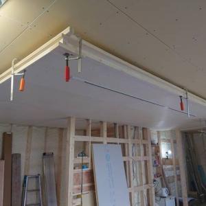泉佐野市H様邸  床板貼り、天井貼り終わりました