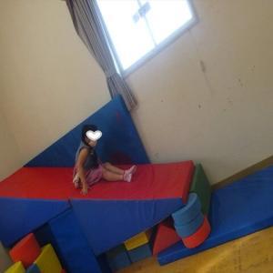 友達と児童館で遊びました