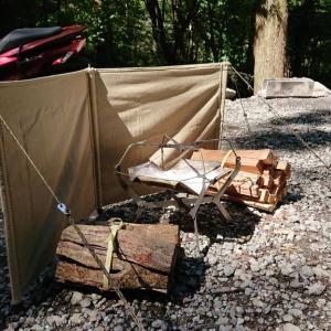 道志の椿荘オートキャンプ場でソロキャンプ♪(ウインドスクリーンだよ♪)