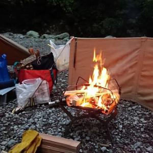 道志の椿荘オートキャンプ場でソロキャンプ♪(温泉とおでん♪)