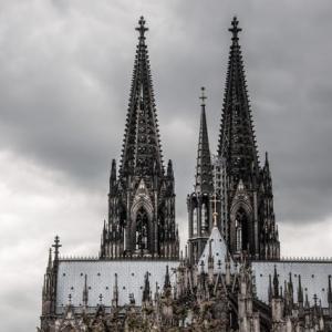 """西欧カトリック教会の深刻な衰退と対応 ドイツ教会の誤れる‶豊かさ"""""""