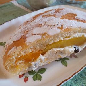 メルシーのフルーツバターパン