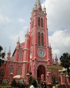 インスタ映え必至!?ピンクの教会