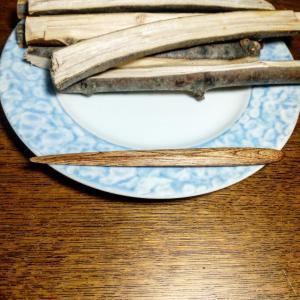 ソメイヨシノの菓子切り