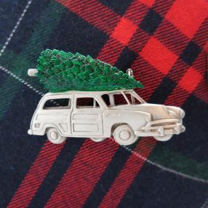 JJ(ジェイジェイ)のユニークでほっこり温かなクリスマス・ヴィンテージブローチ
