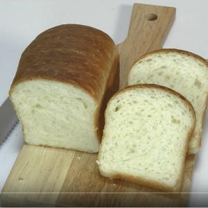 こねなくてもいける!バターと牛乳の美味しい食パン (動画)
