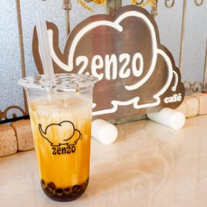 前から気になっていたタピオカとワッフルサンド!?『zenzo café』