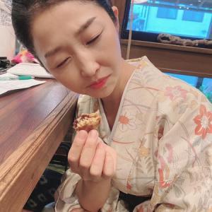 女将ちゃん!あまりの美味しさに悶絶♡(˃͈ દ ˂͈ ༶ ) 銘菓『黒松』✨いただきました