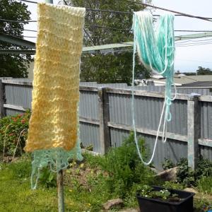 毛糸の手染めでフェルト化を防止するには