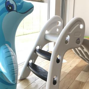 口コミで人気の室内用滑り台を1歳の子供に買ってみた!安全性を求めるならプラスチック製がおすすめ