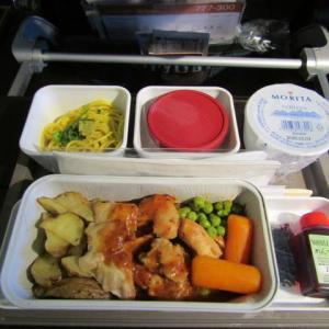 2019年11月 キャセイパシフィック航空機内食(関西ー台北)