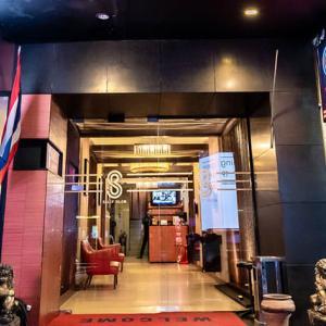 【LINEトラベルjp】ナイトバーズに最適ホテル!バンコク「バリーズ シーロム」