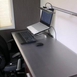 3.5畳の書斎で全集中!ブログ作業環境(作業デスク&PC周り)を初公開【Web内覧】