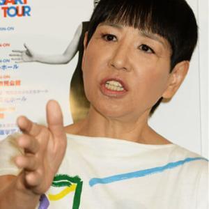 【スタジオ動揺】和田アキ子、話し続ける『おまかせ』弁護士に「聞けよ!!!!!!!」