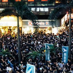「嫌韓あおるのやめて」「差別や憎悪より友好を」大阪、東京で日韓友好呼び掛けの主催者は元SEALDsのメンバー
