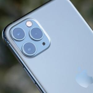 【警告】iPhoneを使っていると生涯で140万円の損失ー優れたAndroid機種に乗り換えよう