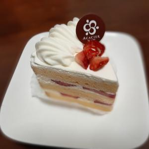 001 パティスリーアカシエ ショートケーキ