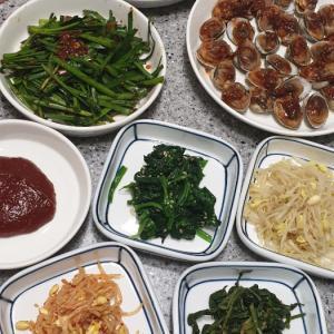 日本の食事と韓国の食事