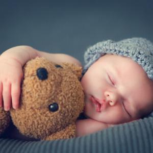 令和ベビー・秋生まれの赤ちゃんに必要なベビー用品