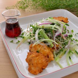 【献立サイコロ】鶏肉×塩味=さっぱりチキン南蛮 ゆかりソース