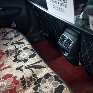タクシーでクァンミョン駅へ