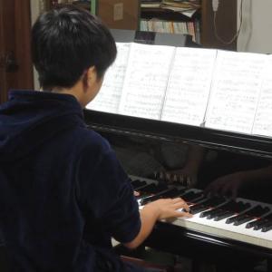 実はピアノ男子ってエグい攻撃を受ける!素敵な伴奏で見返してやれ♪