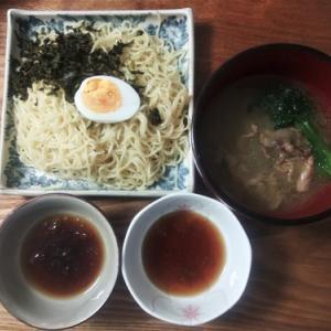 三種つけ麺の昼飯
