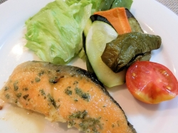 【食】鮭のムニエル