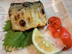 【食】鯖の塩焼