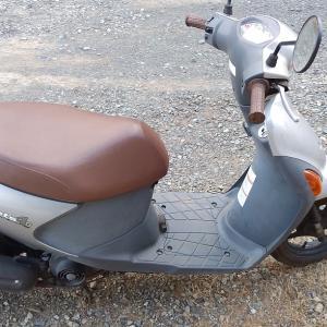 原付バイク レッツ4Gのバッテリー交換