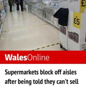 Wales再びロックダウンへ