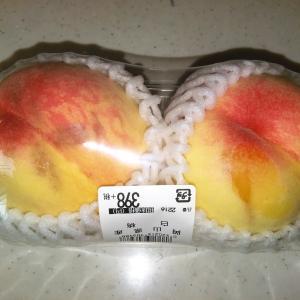 なかなか桃が安くなりませんね~