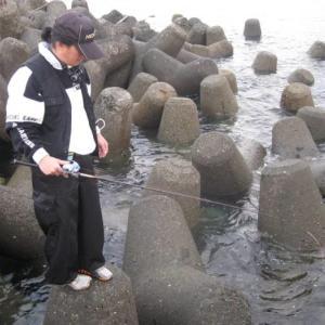 【カサゴの釣り方】エサとルアーのガシラ釣りの種類