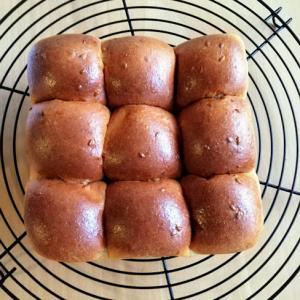 第3弾、低糖質アマニ胚芽入りちぎりパン、焼きました(20200228)