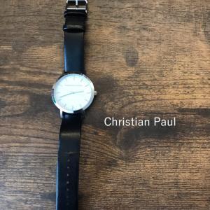 シンプルでプチプラ アクセ代わりの腕時計は 地味コーデのアクセント!