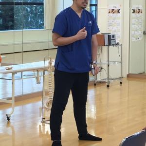 ロコモ予防トレーニング講座を実施しました。