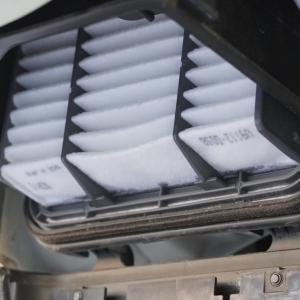 トイズボックス470(ハイエース)|エアフィルター交換