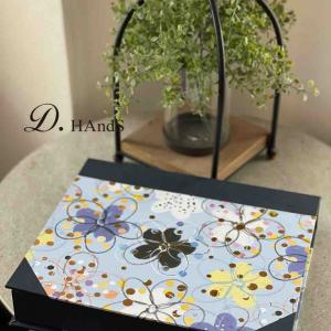 サティフィカレッスン ブック型の箱