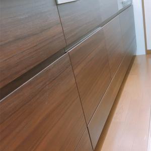 【内装】小さな失敗。システムキッチンと壁紙と玄関タイルの選び方